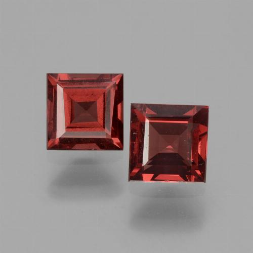 Pinkish Rose Rhodolite Garnet Gem - 0.7ct Square Facet (ID: 431301)