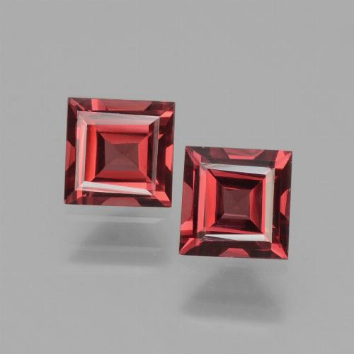 Deep Red Rhodolite Garnet Gem - 0.7ct Square Facet (ID: 431306)