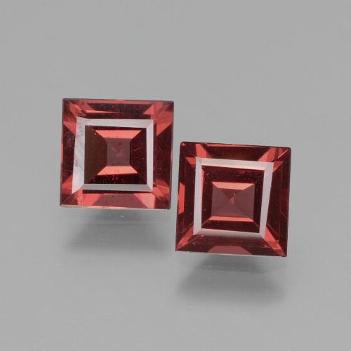 Pinkish Rose Rhodolite Garnet Gem - 0.7ct Square Facet (ID: 431321)