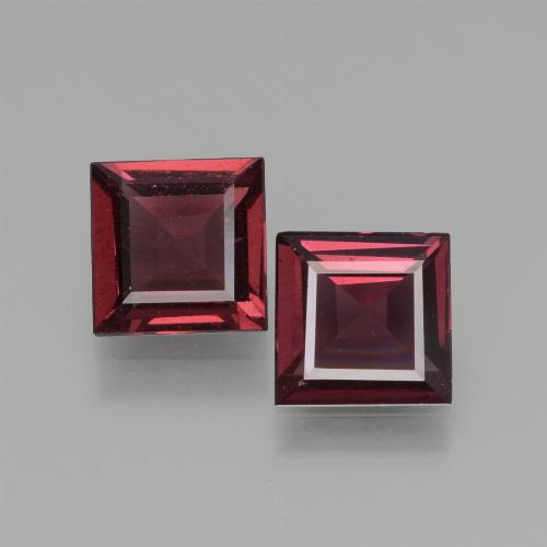 Deep Red Rhodolite Garnet Gem - 0.7ct Square Facet (ID: 431323)