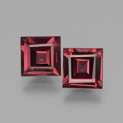 Scarlet Red Rhodolite Garnet Gem - 0.8ct Square Facet (ID: 431325)