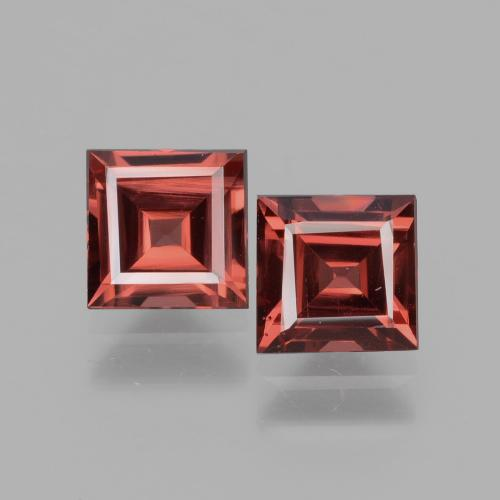 Medium Red Rhodolite Garnet Gem - 0.8ct Square Facet (ID: 431484)