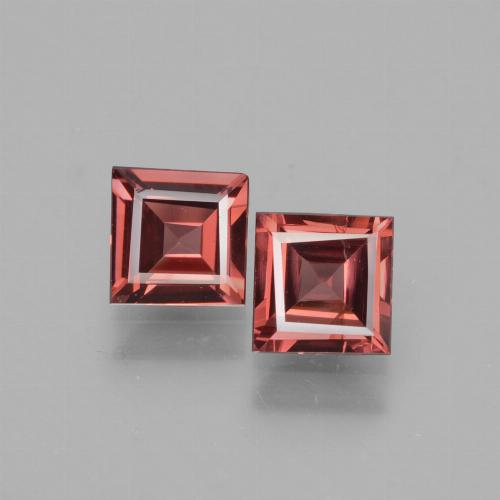 Pinkish Rose Rhodolite Garnet Gem - 0.7ct Square Facet (ID: 431519)