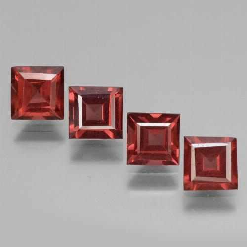Pinkish Rose Rhodolite Garnet Gem - 0.7ct Square Facet (ID: 431557)