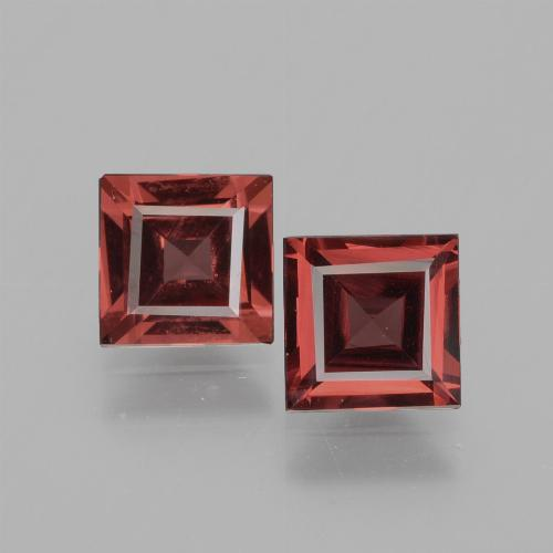 Pinkish Rose Rhodolite Garnet Gem - 0.7ct Square Facet (ID: 431580)