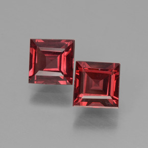 thumb image of 1.6ct Square Facet Pinkish Rose Rhodolite Garnet (ID: 431583)