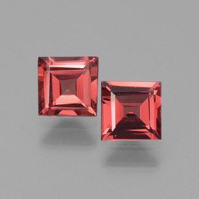 Pinkish Rose Rhodolite Garnet Gem - 0.7ct Square Facet (ID: 431586)