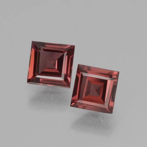 Pinkish Rose Rhodolite Garnet Gem - 0.7ct Square Facet (ID: 431642)