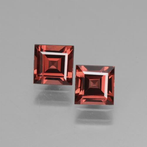 Deep Red Rhodolite Garnet Gem - 0.8ct Square Facet (ID: 431748)
