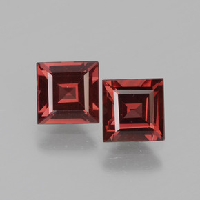 Pinkish Rose Rhodolite Garnet Gem - 0.8ct Square Facet (ID: 431815)