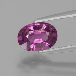 1.32 ct Oval Facet Purplish Pink Rhodolite Garnet Gemstone 7.67 mm x 5.4 mm (Product ID: 438334)