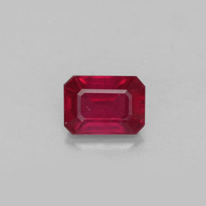 Buy 1.40 ct Pink Red Ruby 7.12 mm x 5.2 mm from GemSelect (Product ID: 304285)