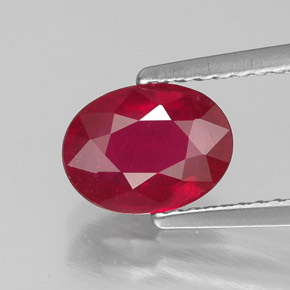 Buy 1.79 ct Pink Red Ruby 8.16 mm x 6.1 mm from GemSelect (Product ID: 305716)