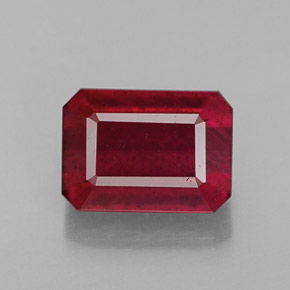 Buy 1.70 ct Pink Red Ruby 7.09 mm x 5.1 mm from GemSelect (Product ID: 307131)