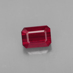 Buy 1.73 ct Pink Red Ruby 7.15 mm x 5.2 mm from GemSelect (Product ID: 312659)
