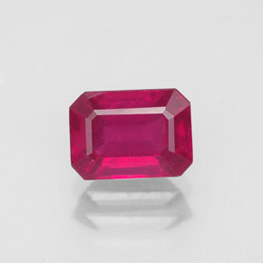 Buy 1.50 ct Pink Red Ruby 7.03 mm x 5.1 mm from GemSelect (Product ID: 318877)