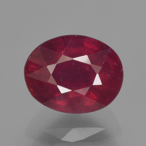 Wine Red Rubí Gema - 1.8ct Forma ovalada (ID: 465333)