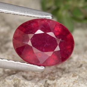 Jam Red Ruby Gem - 1.9ct Oval Facet (ID: 465383)