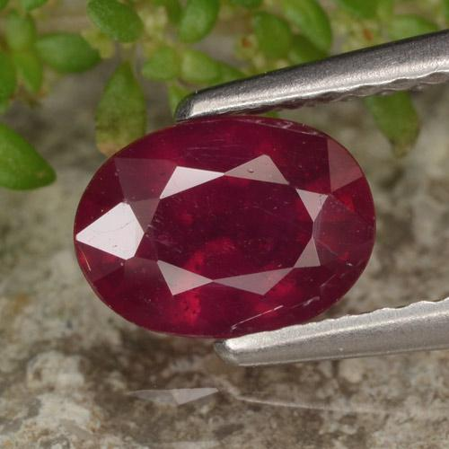 Wine Red Rubino Gem - 1.2ct Ovale sfaccettato (ID: 466334)