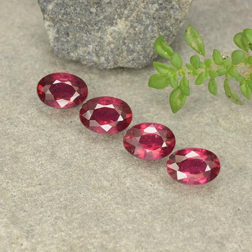 Pink Red Ruby Gem - 0.7ct Oval Facet (ID: 481713)
