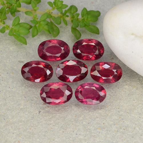Pink Red Ruby Gem - 0.7ct Oval Facet (ID: 482020)