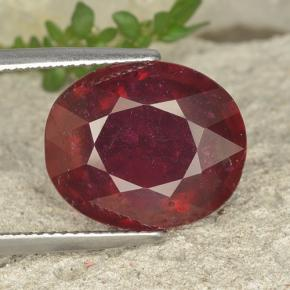 Pinkish Red Ruby Gem - 13.5ct Oval Facet (ID: 494683)