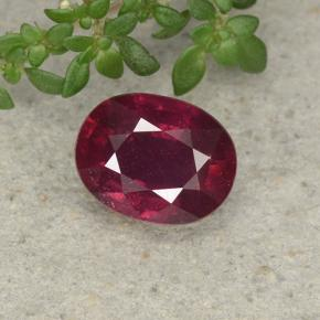 Pinkish Red Ruby Gem - 2.7ct Oval Facet (ID: 495823)