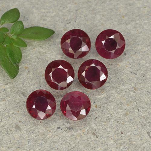 Pinkish Red Ruby Gem - 0.2ct Round Facet (ID: 496172)