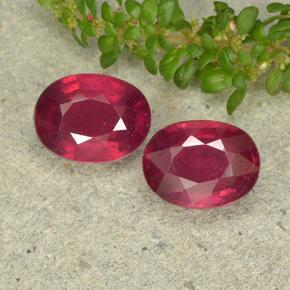Pinkish Red Ruby Gem - 2.3ct Oval Facet (ID: 496346)