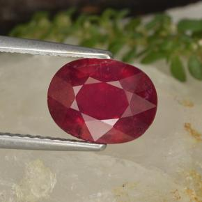 2.8ct Oval Facet Pinkish Red Ruby Gem (ID: 496359)