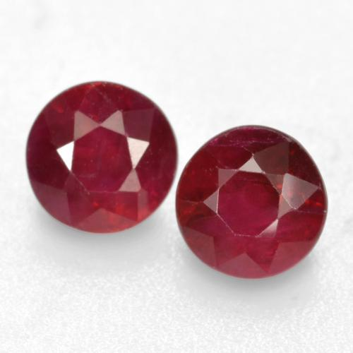 Deep Red Ruby Gem - 0.5ct Round Facet (ID: 496692)