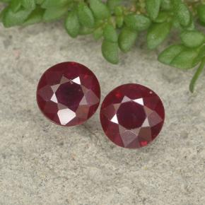Pinkish Red Ruby Gem - 0.5ct Round Facet (ID: 496703)