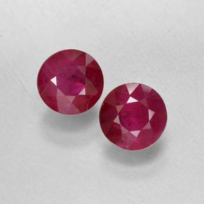 0.7ct Round Facet Pinkish Red Ruby Gem (ID: 499743)