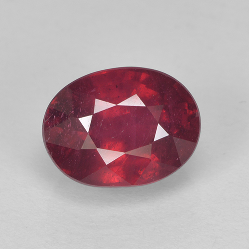 Medium Red Rubino Gem - 2.1ct Ovale sfaccettato (ID: 502662)