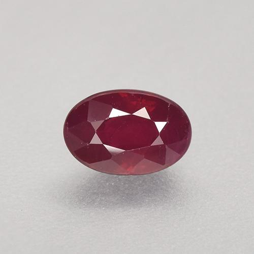 Pinkish Red Ruby Gem - 0.8ct Oval Facet (ID: 503464)