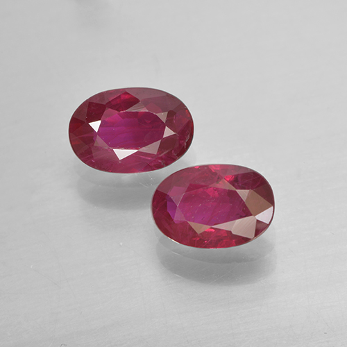 Pinkish Red Ruby Gem - 0.5ct Oval Facet (ID: 503467)