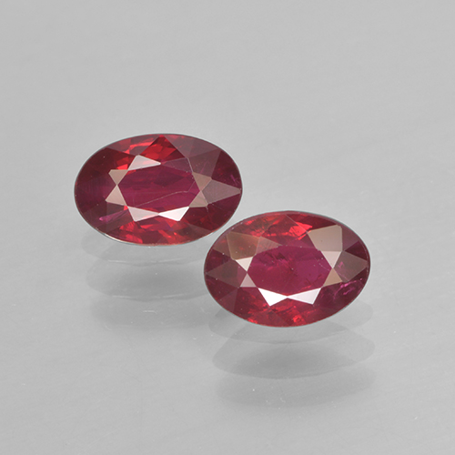Pinkish Red Ruby Gem - 0.5ct Oval Facet (ID: 503469)