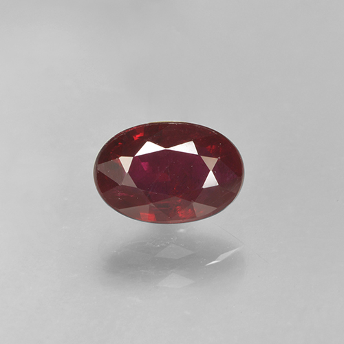 0.7ct Oval Facet Deep Red Ruby Gem (ID: 503537)