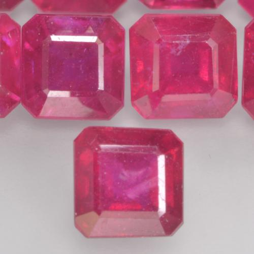 Light Red Rubin Edelstein - 1.4ct Oktagon facettiert (ID: 535904)
