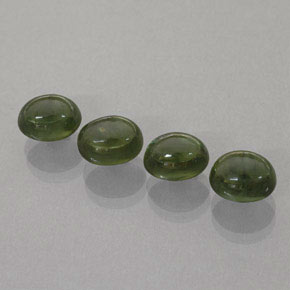 Buy 7.11 ct Green Sapphire 7.07 mm x 5.3 mm from GemSelect (Product ID: 261518)