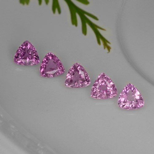 Purple Pink Sapphire Gem - 0.3ct Trillion Facet (ID: 276017)