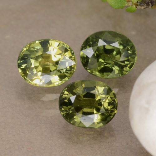 Multi Green Sapphire Gem - 0.6ct Oval Facet (ID: 315716)