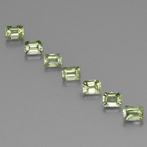 Very Light Green Zafiro Gema - 0.3ct Forma octagonal (ID: 330506)
