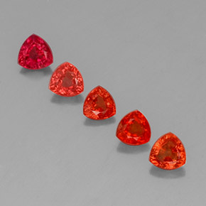 Bright Crimson Red Zafiro Gema - 0.4ct Forma trillón (ID: 330673)