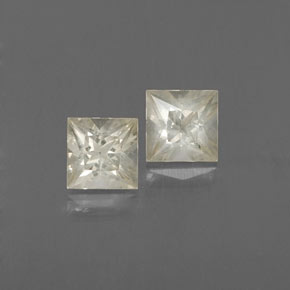 Light Yellow Sapphire Gem - 0.5ct Princess-Cut (ID: 366968)