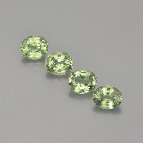 Green Sapphire Gem - 0.5ct Oval Facet (ID: 367680)