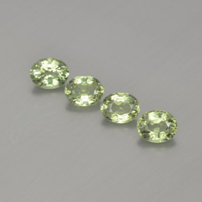 Green Sapphire Gem - 0.4ct Oval Facet (ID: 367683)