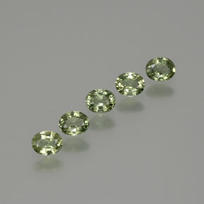 Green Sapphire Gem - 0.4ct Oval Facet (ID: 367850)