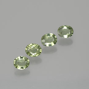 Green Sapphire Gem - 0.4ct Oval Facet (ID: 367911)