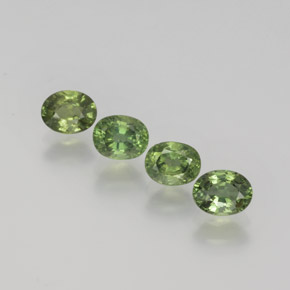 Green Sapphire Gem - 0.4ct Oval Facet (ID: 368764)